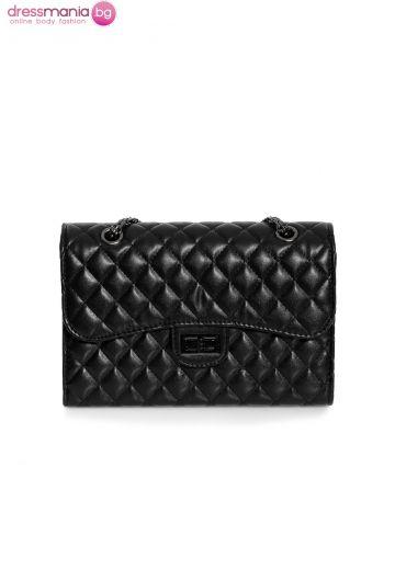 Дамска чанта в черно Look