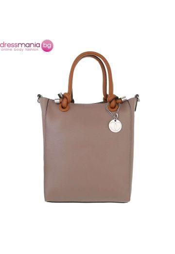Правоъгълна дамска чанта в бежово