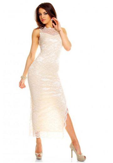 Дълга дантелена рокля крем ванилия