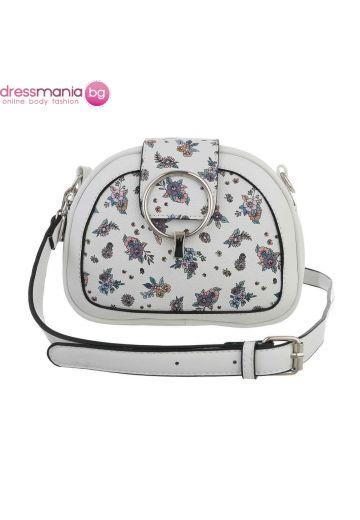 Малка дамска чанта с флорален декор - в бяло