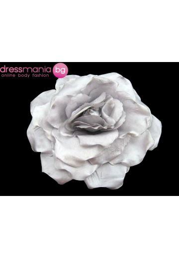 Сиво - лилаво декоративно цвете