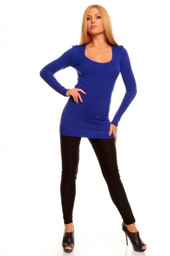Атрактивен син пуловер