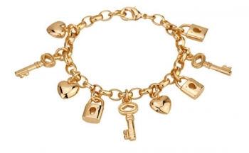 Гривна в златисто с елементи ключове