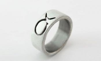 Дамски пръстен посребрен - риба