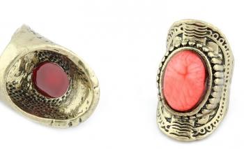 Ретро пръстен цвят златист с червен тюркоаз Dekolte