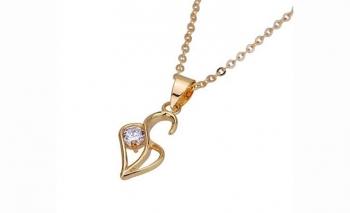 Нежно златисто колие сърце с кристал Dekolte