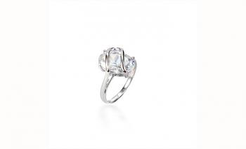 Предизвикателен пръстен цирконий Dekolte