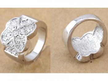 Масивен дамски пръстен с кристали цвете сребрист