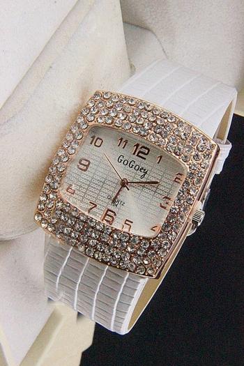 Дамски часовник с правоъгълен корпус -бял CHROME