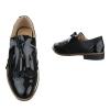 Ниски ежедневни обувки в цвят черно