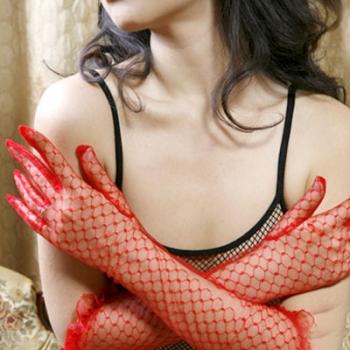 Червени дантелени ръкавици