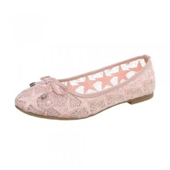 Ежедневни дамски обувки в розово от нежна дантела